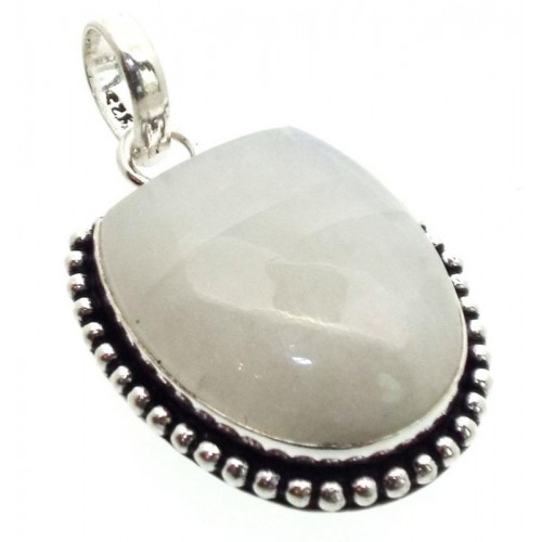 Rainbow Moonstone Indian Silver Pendant 01