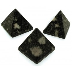 Preseli Bluestone Gemstone Pyramid 28mm