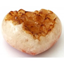 Citrine Gemstone Cluster Heart 01