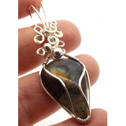 Labradorite Gemstone Silver Filled Wire Wrapped Pendant 10